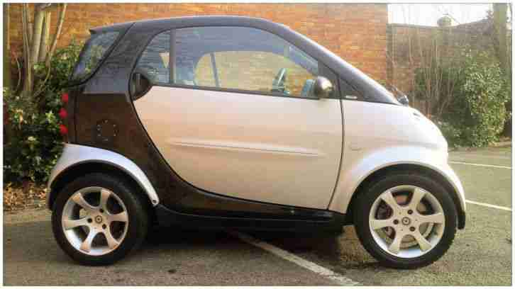 Smart 55. Smart car from United Kingdom