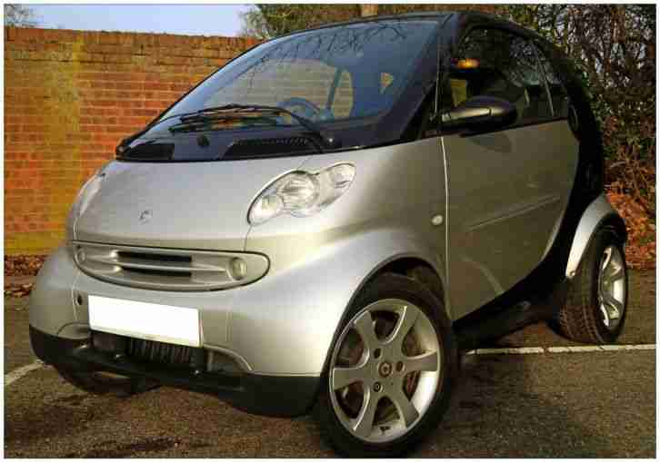 2005/55 SMART FORTWO PULSE **PAN ROOF ** 1 YEAR MOT ** JUST SERVICED ** LOW TAX