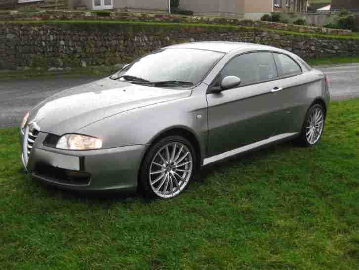 alfa romeo 2005 gt jtd 1 9 turbo diesel 195bhp 50 mpg fsh new mot full. Black Bedroom Furniture Sets. Home Design Ideas