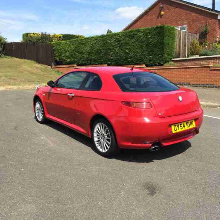 Alfa Romeo 2005 GT JTS RED. Car For Sale