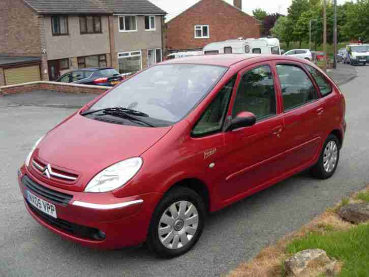 citroen 2005 xsara picasso exclusive hdi red car for sale. Black Bedroom Furniture Sets. Home Design Ideas