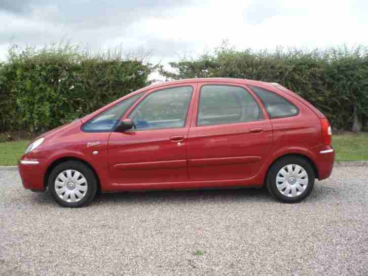 citroen 2005 xsara picasso exclusive red car for sale. Black Bedroom Furniture Sets. Home Design Ideas