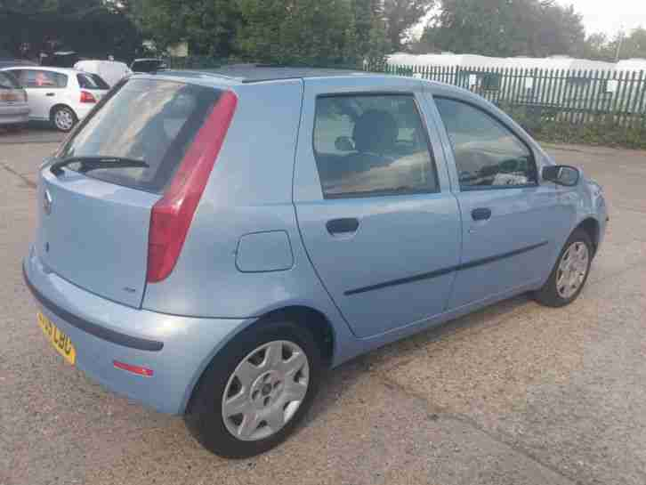 2005 Punto automatic low mile and new