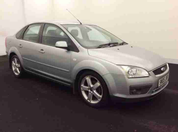 2005 Ford Focus 1.6 Titanium Saloon Half Leather,12 Months MOT,2 Former Keepers