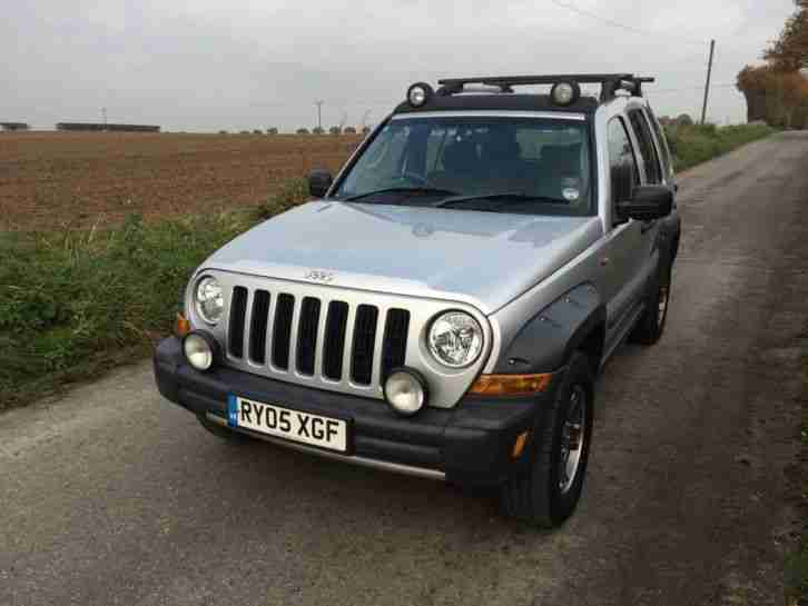 jeep 2005 cherokee 2 8 renegade 5dr 4wd car for sale. Black Bedroom Furniture Sets. Home Design Ideas