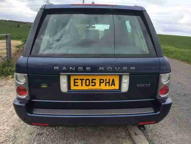2005 LAND ROVER RANGEROVER TD6 VOGUE AUTO BLUE SERVICE HISTORY