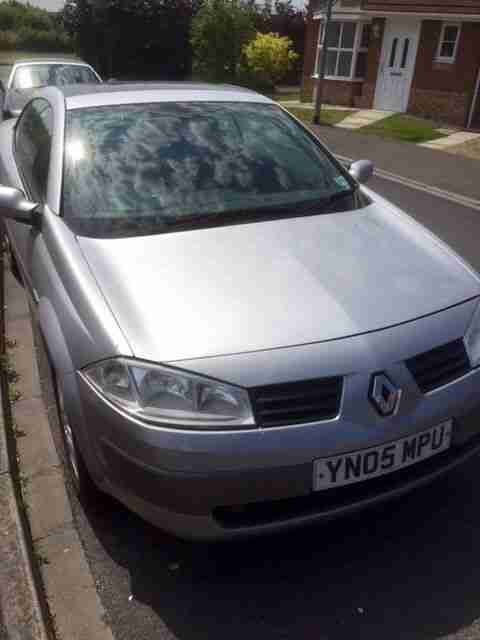 2005 RENAULT MEGANE CONVERTIBLE GLASS ROOF ONLY 44800 MILES MOT OCT 2015