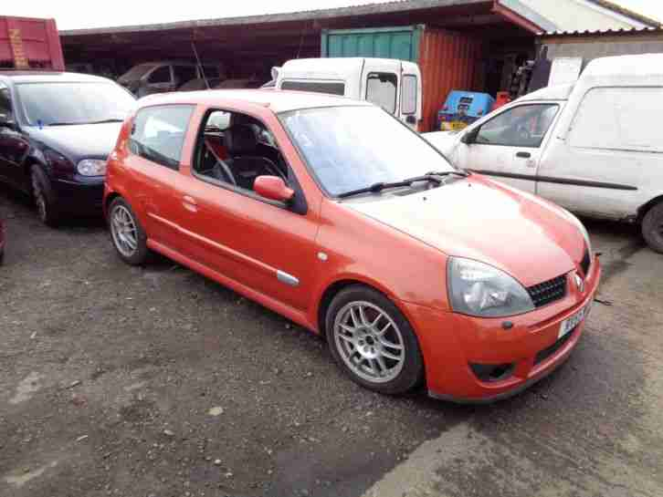 2005 Clio 182 Sport Bonnet (breaking)