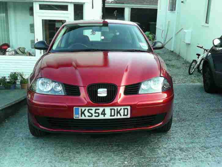 2005 SEAT IBIZA REFERENCE TDI RED
