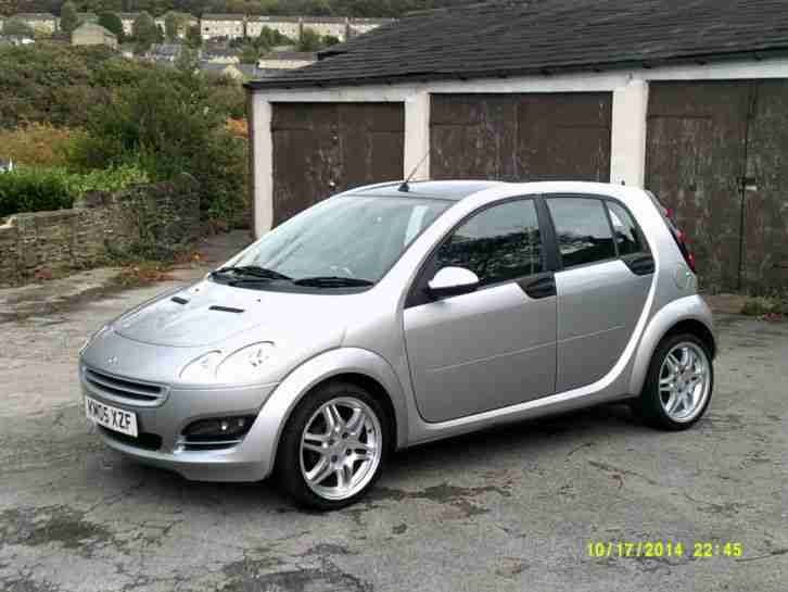 smart 2005 forfour 1 1 passion brabus spec silver 76 000 miles full. Black Bedroom Furniture Sets. Home Design Ideas