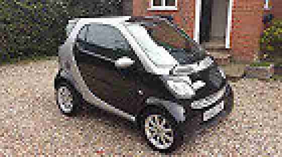 2005 Smart City Passion 61 AUTO Black/Silver Good Condition