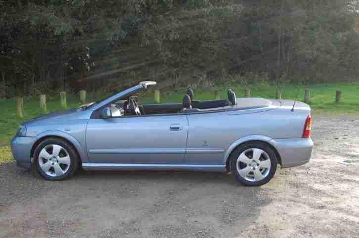 vauxhall vectra 2 2 16 valve sri petrol 2003 5 door hatch silver low. Black Bedroom Furniture Sets. Home Design Ideas