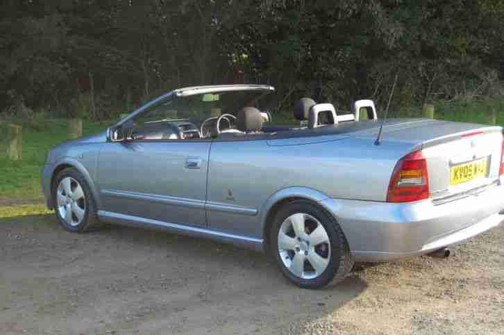 vauxhall 2005 astra coupe convertible silver full history. Black Bedroom Furniture Sets. Home Design Ideas
