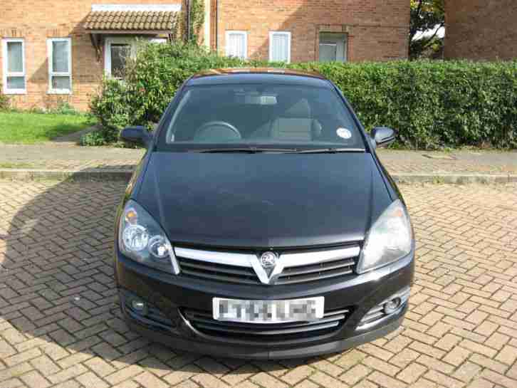 2005 VAUXHALL ASTRA SXI BLACK PRISTINE CONDITION!