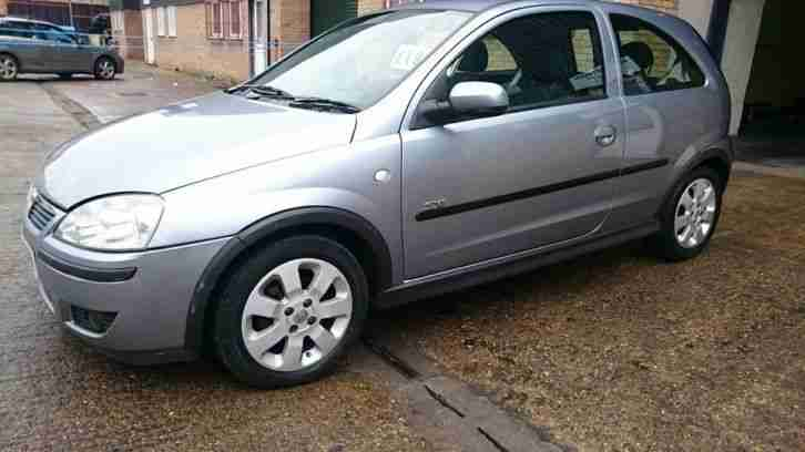 2005 vauxhall corsa sxi 16v silver car for sale. Black Bedroom Furniture Sets. Home Design Ideas