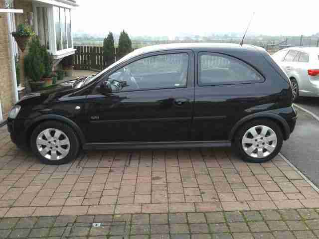 vauxhall 2005 corsa sxi twinport black car for sale. Black Bedroom Furniture Sets. Home Design Ideas