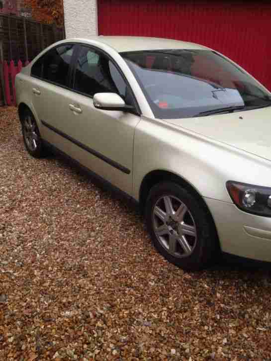 2005 VOLVO S40 S GREEN Reduced by 250 TO SELL