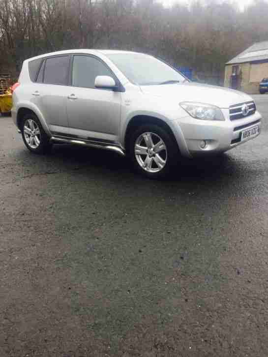 toyota 2006 56 rav 4 d4d t180 in silver car for sale. Black Bedroom Furniture Sets. Home Design Ideas