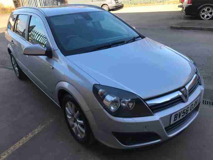 2006 56 Vauxhall Astra 1.6i 16v Design estate