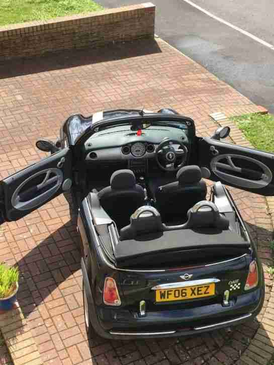 2006 Black Mini Convertible Cabriolet One with Cooper stripes