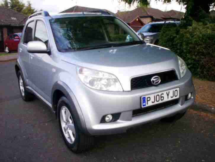 2006 Terios SX 1.5 5 Door SUV, Full