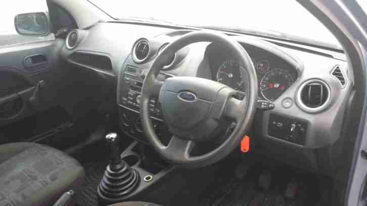 2006 FORD FIESTA STUDIO BLUE 4 MONTHS MOT DRIVES PERFECT CHEAP TO SELL