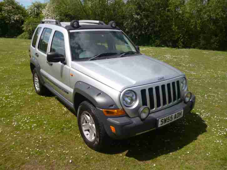 jeep 2006 cherokee renegade crd long mot full history diesel 4x4. Black Bedroom Furniture Sets. Home Design Ideas