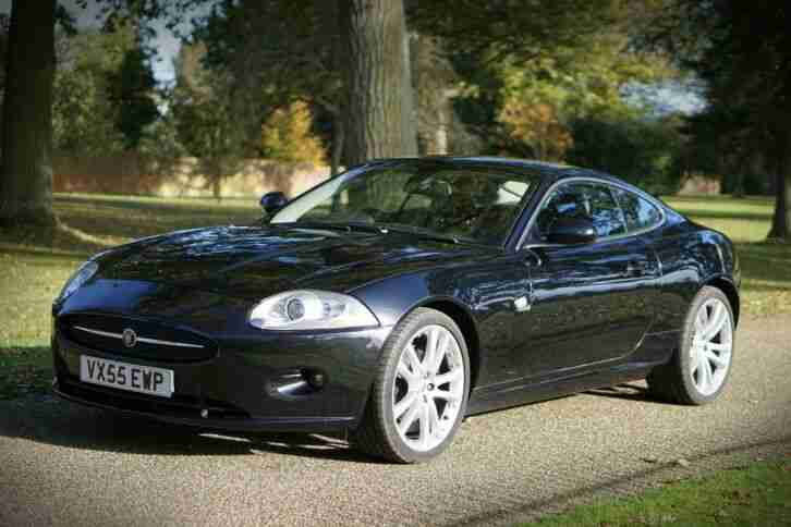 2006 XK 4.2 Automatic in black with
