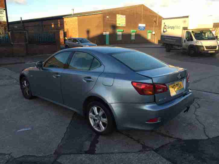 2006 LEXUS IS 220D - LIGHT DAMAGED SALVAGE - NO RESERVE - DRIVE AWAY - MOT'D
