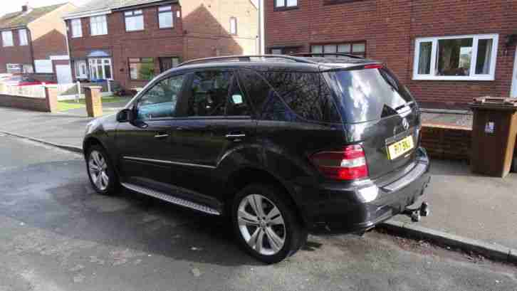 2006 mercedes ml 320 cdi sport amg kit very high spec must be seen. Black Bedroom Furniture Sets. Home Design Ideas