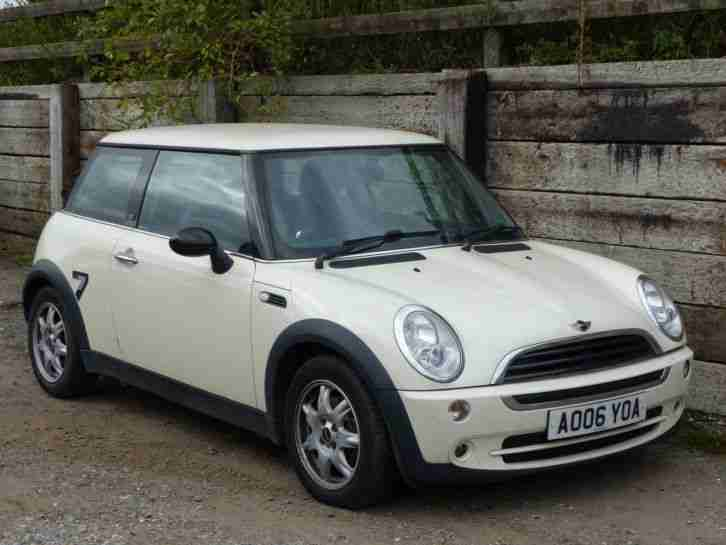 Mini 2006 One Seven White Spares Or Repairs Car For Sale