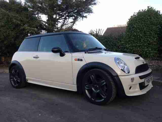 2006 Mini Cooper S JCW - White 44,500 Miles - Factory Recaro Seats -Stunning Car