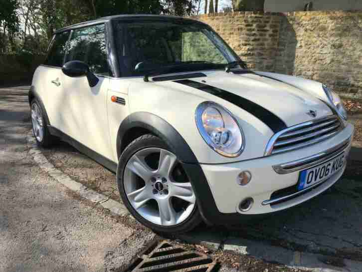 2006 Mini Cooper, long MOT, leather and special wheels.