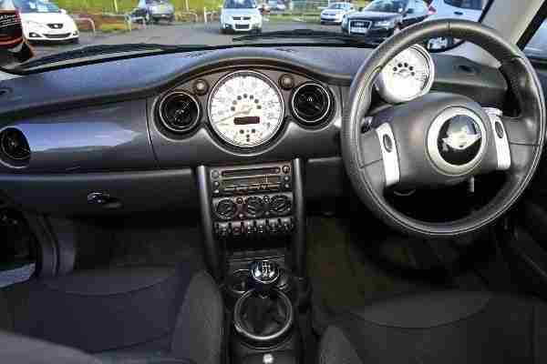 2006 Mini One 1.6 3-Door Hatchback Black