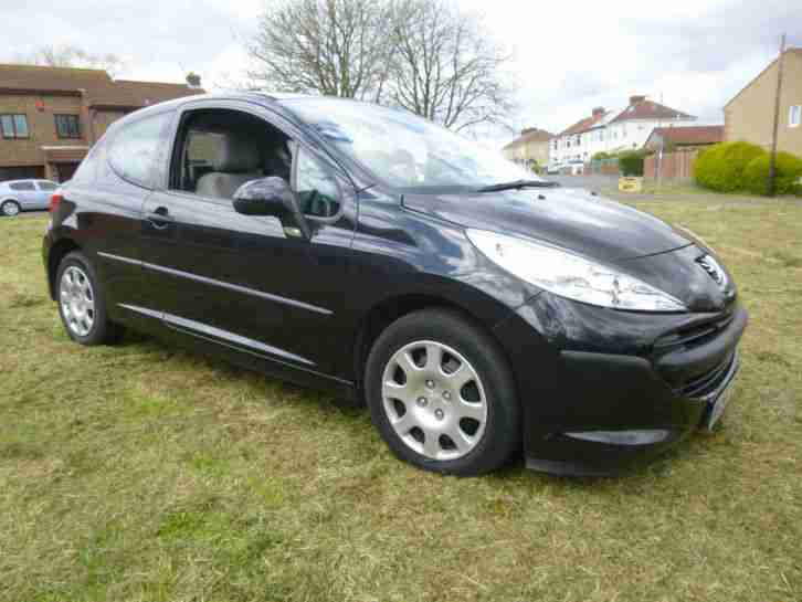 peugeot 2006 207 urban black 1360cc 5 door hatchback car for sale. Black Bedroom Furniture Sets. Home Design Ideas