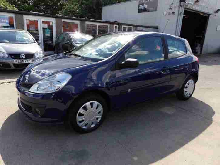 renault 2006 clio 1 2 16v expression 3dr car for sale. Black Bedroom Furniture Sets. Home Design Ideas