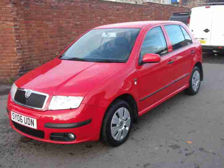 skoda 2006 fabia 1 2 ambiente a con 5dr low mileage full service. Black Bedroom Furniture Sets. Home Design Ideas