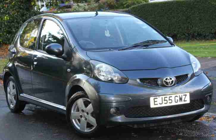 toyota 2006 aygo sport vvt i grey 1 owner. Black Bedroom Furniture Sets. Home Design Ideas