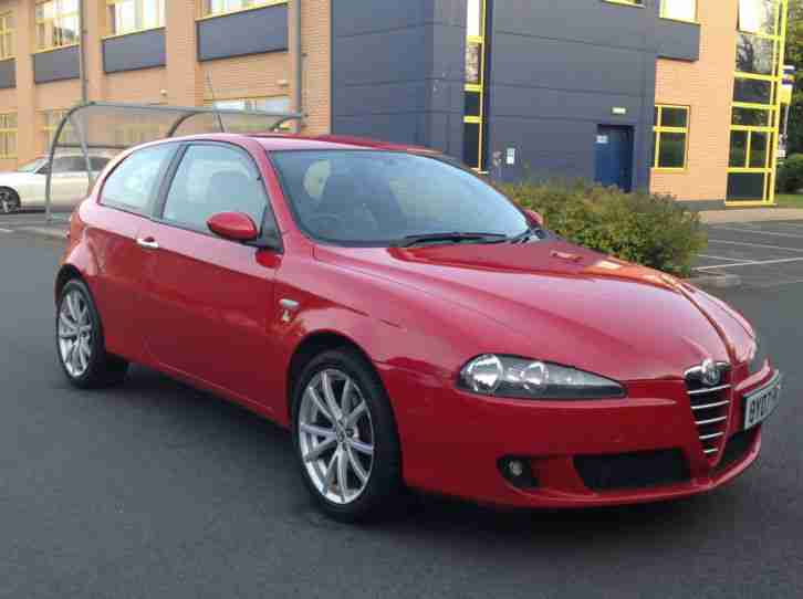 alfa romeo 2007 07 147 1 6 t spark lusso ti 3 door in red car for sale. Black Bedroom Furniture Sets. Home Design Ideas