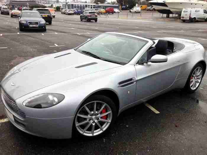 2007 (57 reg) Aston Martin V8 Vantage Roadster in Silver over dark blue leather