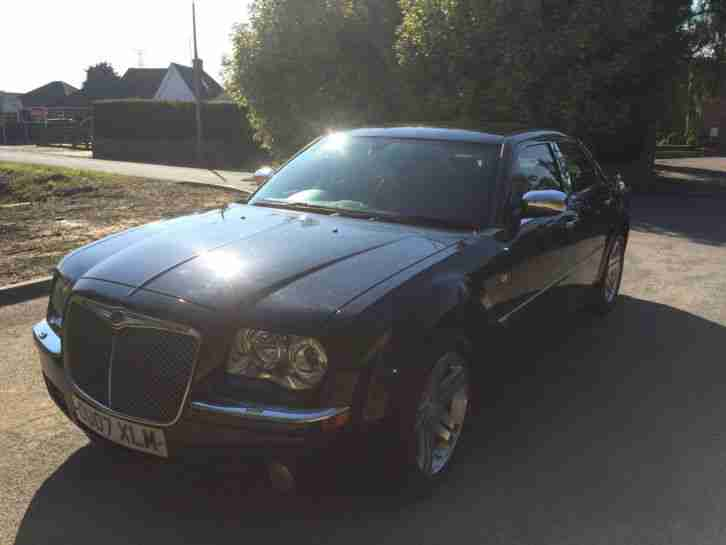 2007 CHRYSLER 300C CRD BLACK DIESEL SAT NAV LOW MILES BARGAIN AUTO