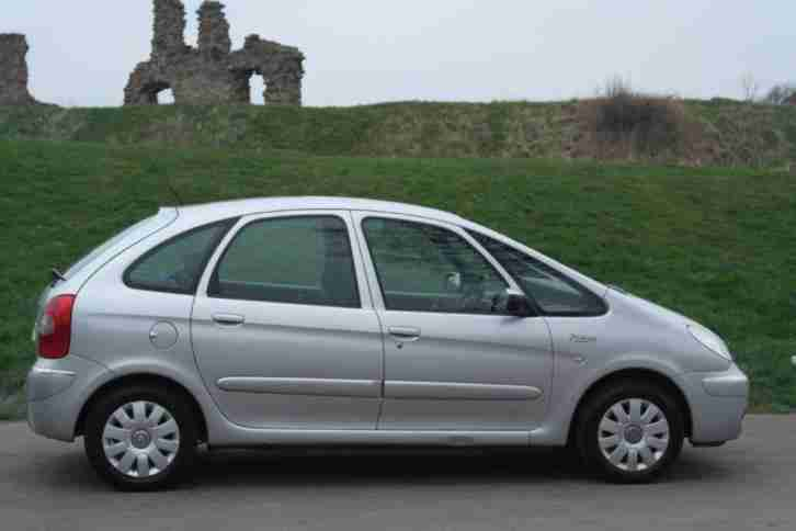 citroen 2007 xsara picasso 16v vtx 5dr 5 door estate car for sale. Black Bedroom Furniture Sets. Home Design Ideas