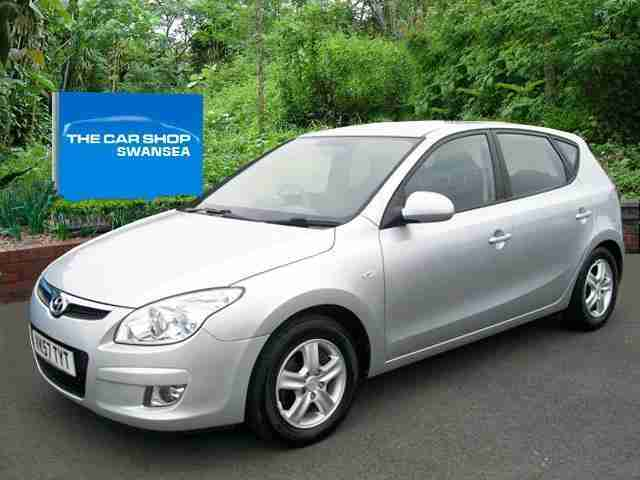 hyundai 2007 i30 automatic 1 6 comfort auto service history automatic. Black Bedroom Furniture Sets. Home Design Ideas