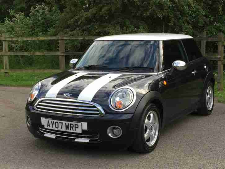 2007 MINI ONE 1.4 BLACK R56 LOW TAX AND INSURANCE COOPER 1.6,BMW MINI,COOPER,7