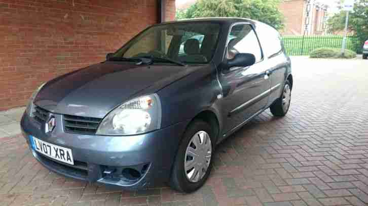 renault 2007 clio campus 1 1 petrol 5 speed manual 3 door blue 07 reg. Black Bedroom Furniture Sets. Home Design Ideas