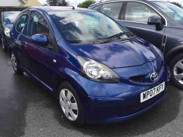 toyota 2007 aygo 1 0vvt i aygo blue 5dr hatch 60 mpg rfl only 30. Black Bedroom Furniture Sets. Home Design Ideas