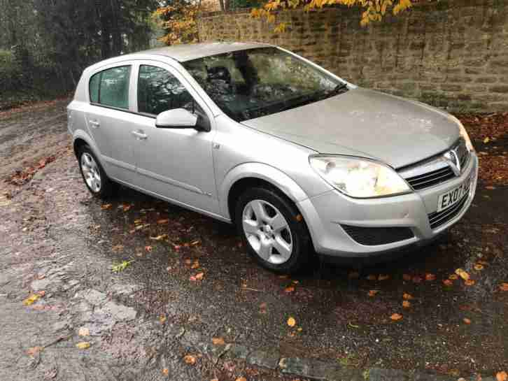 2007 Vauxhall Astra, 53k only, long MOT, new