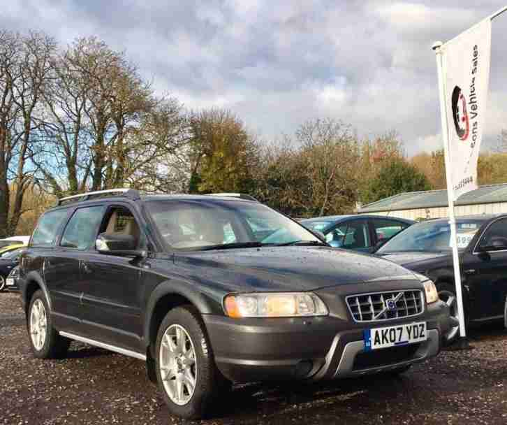 Volvo 2007 XC70 2.4 D5 SE Sport Geartronic AWD 5dr. Car