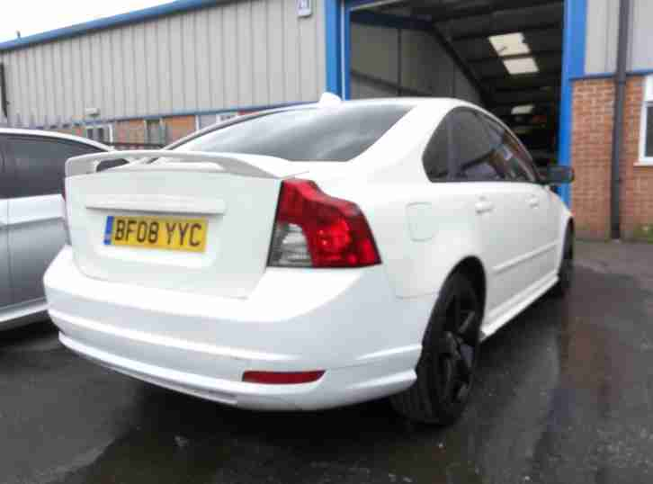 2008 08 REG VOLVO S40 SPORT WHITE 2.0 TURBO DIESEL DAMAGED REPAIRABLE SALVAGE