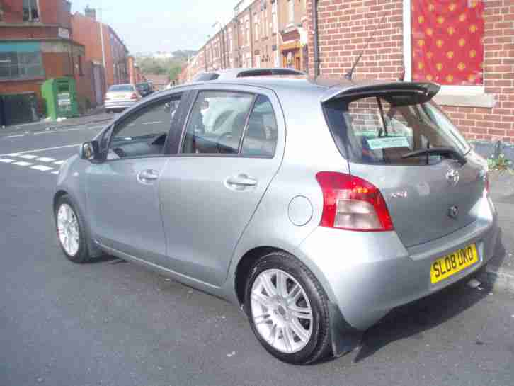 2008 08 TOYOTA YARIS 1.3 SR SILVER TOP SPEC,NEW SHAPE,LONG MOT/TAX,USED DAILY!